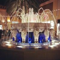 Foto tomada en Irvine Spectrum Center por Ahmed A. el 12/23/2012