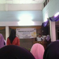 Photo taken at Dewan Sri Siantan KTDI by emeera asnary on 5/27/2014