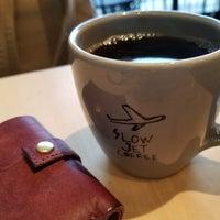 Photo taken at SLOW JET COFFEE by Ryosuke U. on 10/19/2017