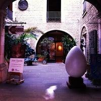 8/9/2013 tarihinde Svetlana A.ziyaretçi tarafından Institut Salvador Dalí'de çekilen fotoğraf