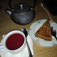 Снимок сделан в HUB cafe: Food&Note пользователем Olineee P. 8/20/2018