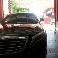Photo taken at Dr Shine Auto Spa Centre by Mohamad Izzudin 7. on 6/18/2015