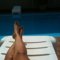 Foto tirada no(a) Hotel Letoh por Aline d. em 12/26/2012