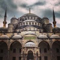 Снимок сделан в Голубая мечеть пользователем Eric F. 7/19/2013