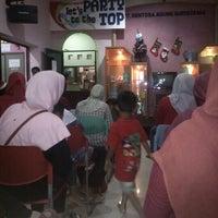 Photo taken at Tupperware Jogja PT.Sentosa Agung Suryatama by Irex C. on 12/24/2012