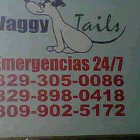 Photo taken at Waggy Tails, Clinica Veterinaria by Victor M. on 4/22/2013