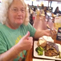 Photo taken at Ruby Tuesday by Raymond (. on 5/10/2014