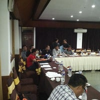 Photo taken at Puteri Gunung Hotel & Conference by Syekh C. on 11/16/2014