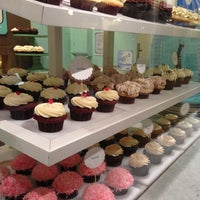Photo taken at Trophy Cupcakes by Yarine S. on 11/2/2012