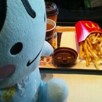 Photo taken at マクドナルド 21号穂積町店 by hironoie on 12/8/2012