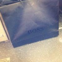 12/11/2012 tarihinde André M.ziyaretçi tarafından BOSS Store'de çekilen fotoğraf