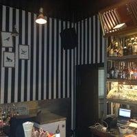Das Foto wurde bei Neue Odessa Bar von Urban Kristy am 5/16/2013 aufgenommen