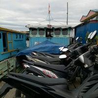 Photo taken at Pelabuhan speedboat kampung baru by Muhammad N. on 2/3/2017