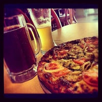 Photo taken at NIZZA Pizza & Beer by Jesus G. on 5/16/2013