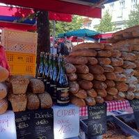 Photo taken at Farmářské tržiště Jiřák by Happy on 8/15/2012
