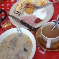 Photo taken at พี่ทิพย์อาหารเช้า by เริงศักดิ์ เ. on 2/1/2014