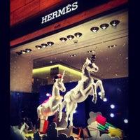 Das Foto wurde bei Hermès von Наталья О. am 12/18/2012 aufgenommen