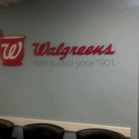 Photo taken at Walgreens by Ceie C. on 10/17/2012