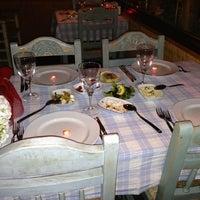 2/14/2013 tarihinde Flz S.ziyaretçi tarafından Radika Restaurant'de çekilen fotoğraf