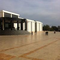 3/8/2013 tarihinde Mehmet Fatih A.ziyaretçi tarafından YDÜ Kütüphane'de çekilen fotoğraf