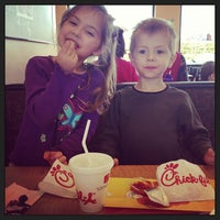 Photo taken at Chick-fil-A by Sheryl S. on 3/19/2013