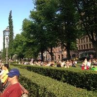 6/6/2013 tarihinde Анар А.ziyaretçi tarafından Esplanadin puisto'de çekilen fotoğraf