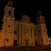 Photo taken at Basílica Nuestra Señora de Chiquinquirá by Oskrfabio .. on 9/15/2012