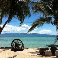 Photo taken at First Villa Resort  Pha-ngan by Tressla on 10/9/2012