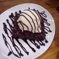 Das Foto wurde bei Treat Street Cafe von Tracy T. am 9/14/2014 aufgenommen