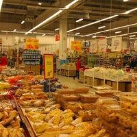 Снимок сделан в Ашан пользователем Дмитрий О. 12/28/2012