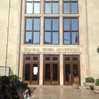 Photo prise au İstanbul Teknik Üniversitesi par şafak T. le6/1/2013