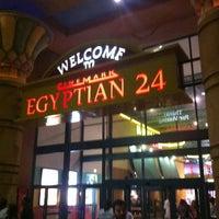 Photo prise au Cinemark Egyptian 24 par Panagiotis X. le7/14/2013
