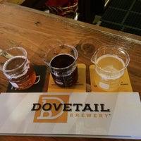 รูปภาพถ่ายที่ Dovetail Brewery โดย Xan K. เมื่อ 9/16/2018