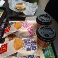 Photo taken at McDonald's & McCafe by Chuah San Ling on 2/11/2017