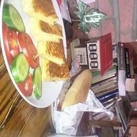 9/19/2018 tarihinde Esra O.ziyaretçi tarafından Gölcük Cafe Et Mangal'de çekilen fotoğraf