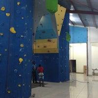Photo taken at Bluesky Rock Gym by Shezaad Z. on 7/20/2013