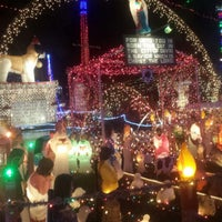 Photo taken at Oakdale Christmas House by Bonnie Lee M. on 12/21/2014