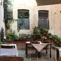 Foto scattata a Alla Corte Degli Angeli Maison De Charme Hotel Lucca da Bart V. il 9/14/2018