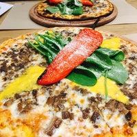 1/2/2017 tarihinde Çağrı A.ziyaretçi tarafından Pizza Locale'de çekilen fotoğraf