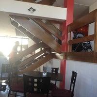 Foto tomada en Ceviche con Faldas por Rafael A. el 12/29/2012