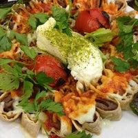 1/20/2013 tarihinde Zeynep K.ziyaretçi tarafından Taşhan Et & Restaurant'de çekilen fotoğraf