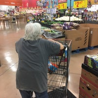 Photo taken at H-E-B by Leché on 4/4/2017