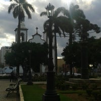 Photo taken at Praça Barão De Queluz by Matheus F. on 12/14/2013