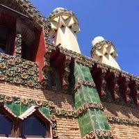 Foto tomada en El Capricho de Gaudí por Salvelio M. el 6/18/2014