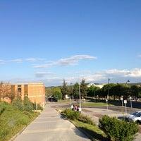 Photo taken at Facultad De Ciencias Económicas Y Empresariales by La Colaborativa [. on 5/10/2013