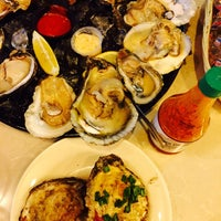 Photo taken at Creole House Restaurant & Oyster Bar by Ms H. on 12/25/2016
