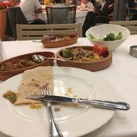 5/31/2018 tarihinde B@RB@RoS✔️😎ziyaretçi tarafından Seraf Restaurant'de çekilen fotoğraf