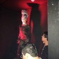 Foto scattata a Lola Bar da Christine D. il 12/27/2015