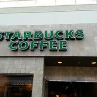 Photo taken at Starbucks by Edixon R. on 2/17/2013