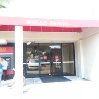 Photo taken at Wells Fargo by Edixon R. on 9/27/2013